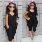Ολόσωμη αμάνικη φόρμα κάπρι με τσέπες, μαύρη