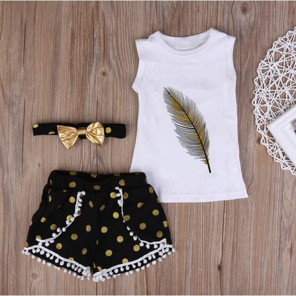 Σετ κοντό παντελονάκι - κοντομάνικο μπλουζάκι και κορδέλα για τα μαλλιά, με στάμπα φτερό και χρυσαφί λεπτομέρειες, λευκό - μαύρο